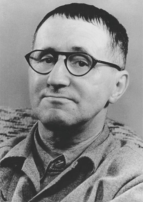 Autoren: Bertolt Brecht