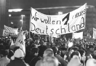 Weltpolitik nach 1945: Niedergang der DDR