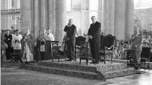 Weltpolitik nach 1945: Ära Adenauer